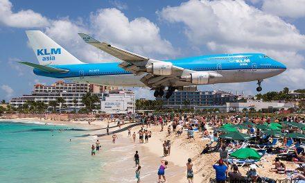 Extrémní přistávání letadel