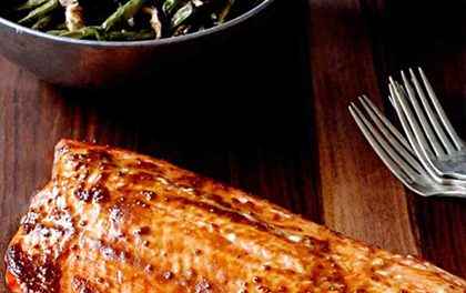 Pečený losos s pikantní hořčicí – nelze odolat!
