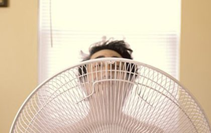 Jak přežít doma letní horka? Zde je několik tipů, které ochladí vaší domácnost i bez klimatizace!