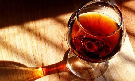 Milujete víno? Zjistěte, jak tento lahodný mok skladovat!
