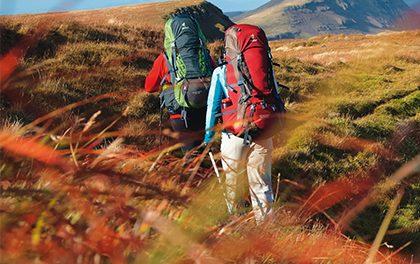 Trápí vás podzimní splín? Hoďte batoh na záda a vyrazte do přírody!