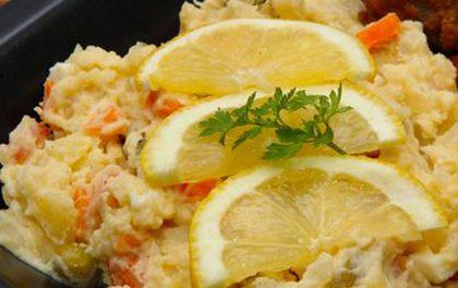 Nejlepší bramborový salát – Víte, jak udělat přílohu štědrovečerní večeře?