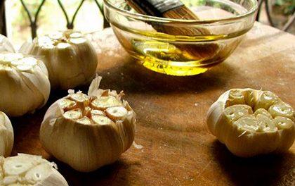Pečený česnek – Snadný recept, který vás nezklame!