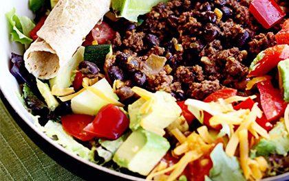 Hovězí tacos salát – Potěší nejen jako super rychlá večeře!