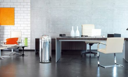 Moderní odpadkové koše domů nebo do kanceláře jako součást nábytku