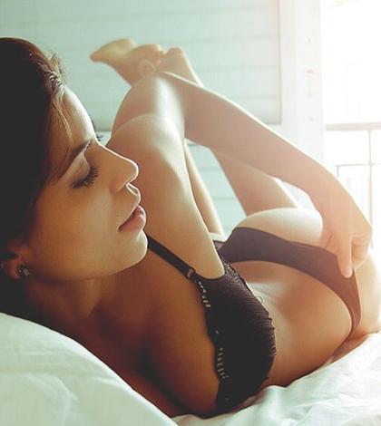 Sexy holky si užívají pohodu, klídek a lehárko