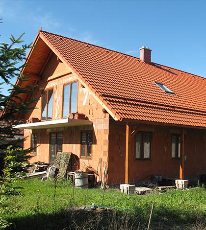 Jak postavit dům svépomoci i nenaletět podvodníkům