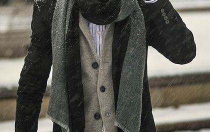 Jak nosit a kombinovat pánské rukavice?