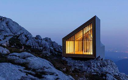 Rockwool zateplil unikátní chatu pro horolezce ve slovinských alpách