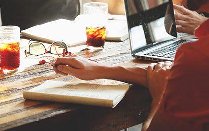 Webové stránky se pro firmy stávají hlavním prodejním kanálem