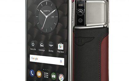 Chytrý telefon od Vertu pocítil dotyk Bentley