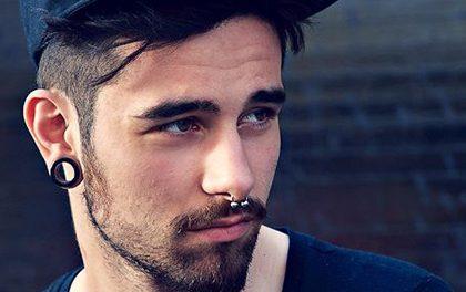 Pánský piercing! Jaký je nejoblíbenější a proč je lepší než tetování?