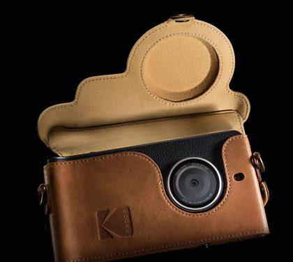 Kodak představil nový smartphone. Je určen pro všechny (muže), co rádi fotí!