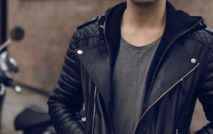 Pánská kožená bunda vám dá image módního rebela a umí i zahřát!