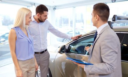 Praktický rádce: Na co si dát pozor při nákupu ojetého auta?