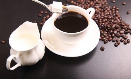 Vychutnejte si lahodnou kávu z kávovaru švýcarské kvality