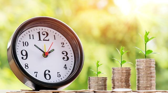 Půjčka před výplatou? Zvažte všechna pro a proti