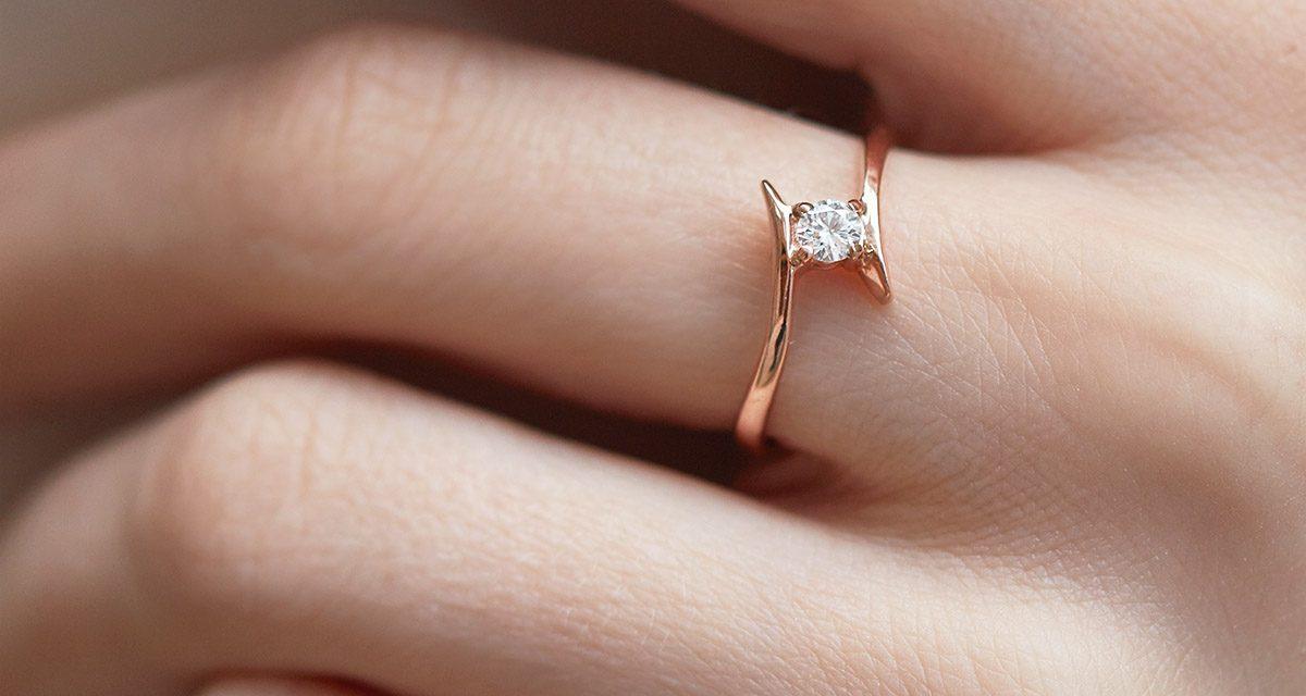 Průvodce výběrem zásnubního prstenu