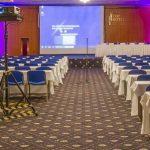 Kongresy a konference na úrovni