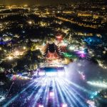 Festival Sziget nabízí dva a půl tisíce koncertů, divadel a akcí během sedmi dnů.