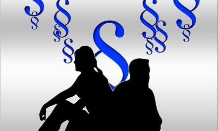 SJM, rozvod a společné bydlení