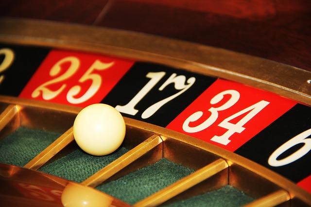 Tipy a triky, jak zvýšit vaše šance na výhru u slotových her a výherních automatů (nejen) online