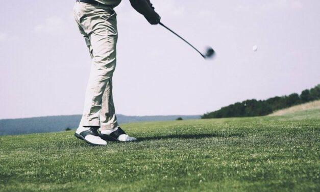 Umíte si vybrat golfové boty?