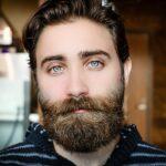 Jak se zbavit šedivých vousů?