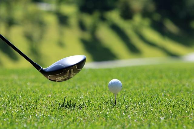 5 důvodů, proč byste měli investovat do mužského golfu