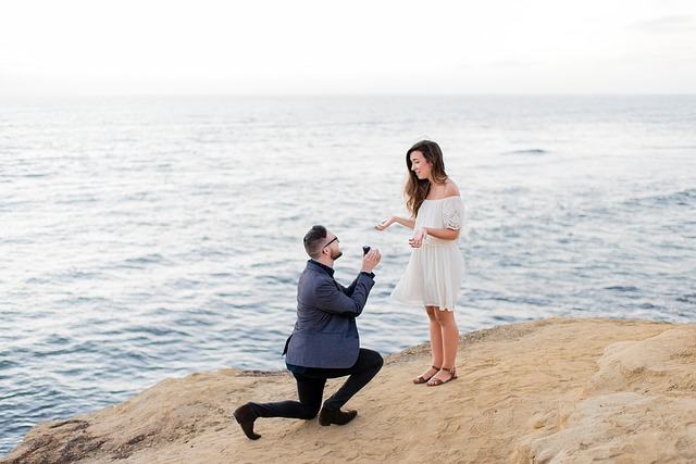 Čekají vás zásnuby nebo svatba? Kupte své milé ten nejhezčí prsten