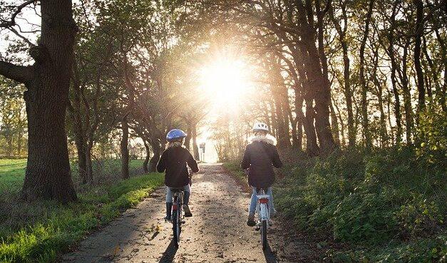 Jízda na kole dokáže zabavit všechny generace